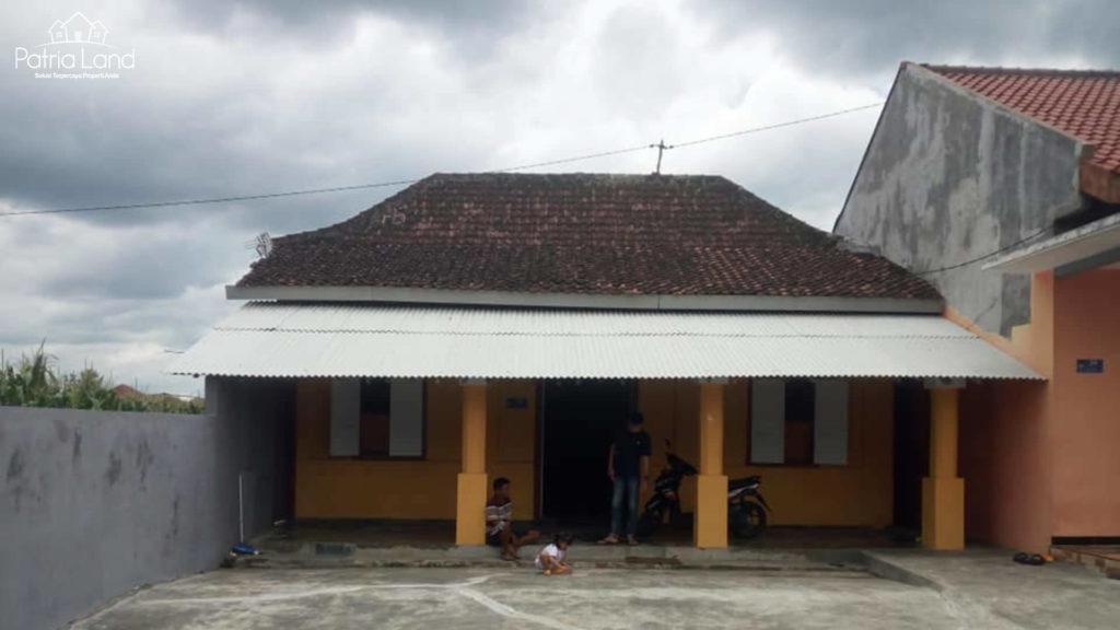 Sebelum renovasi rumah di Jl Sumba , dekat PAUD Al Gifari Blitar