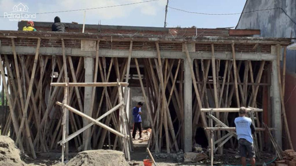 Pengerjaan 2 renovasi rumah di Jl Sumba , dekat PAUD Al Gifari Blitar